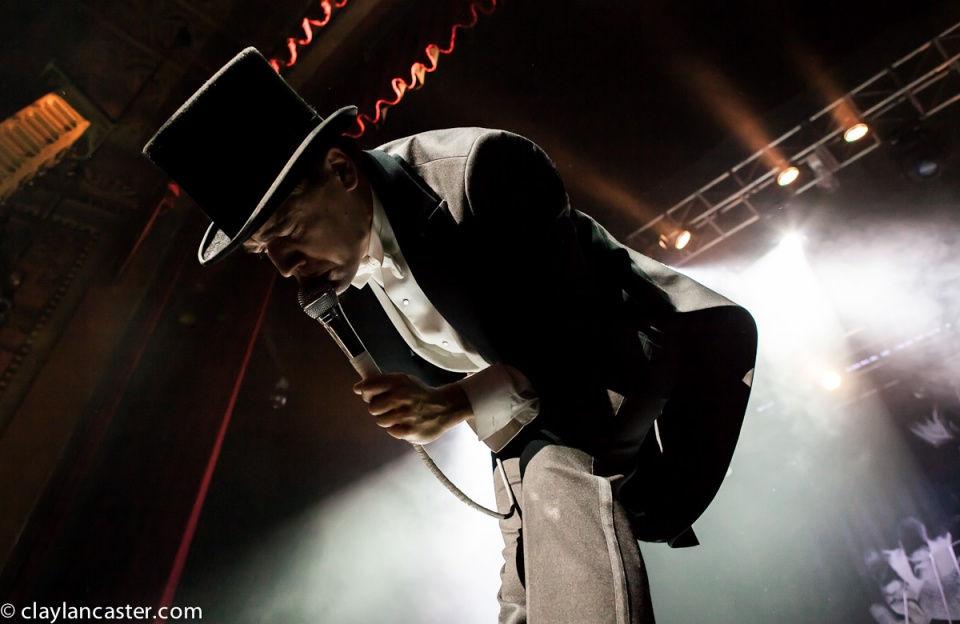 The Hives - Fox Theater. Oakland, CA.