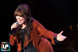 Ann Wilson performs with Heart at Shoreline Amphitheater. Photo by Clay Lancaster.