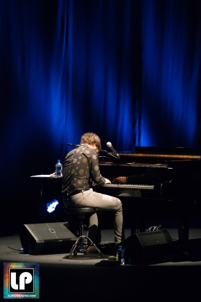 benfolds-gallocenter-102216-39