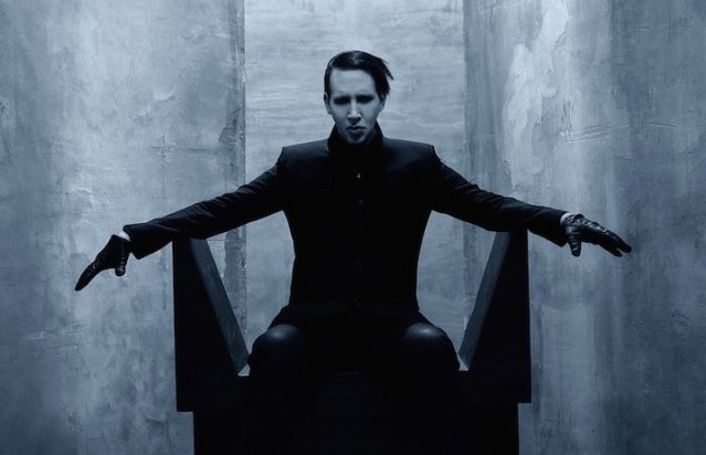 marilynmanson_chair_2016