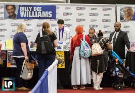 Billy Dee Williams (Lando) signs autographs at Fan Expo Dallas