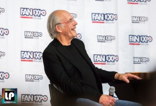 Christopher Lloyd (Doc Brown) chats with fans at Fan Expo Dallas